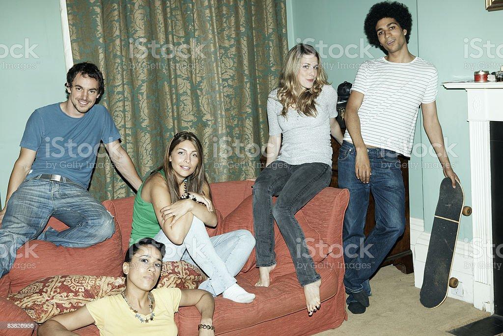 roommates 家庭でのポートレート ロイヤリティフリーストックフォト