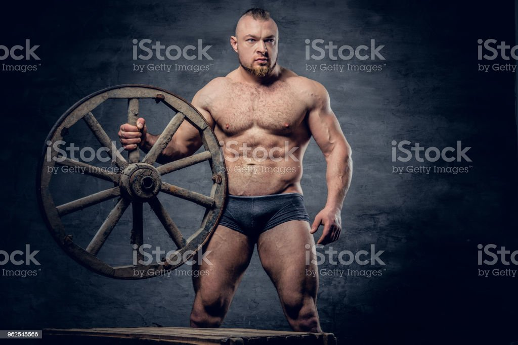 Retrato de homem escravo muscular sem camisa. - Foto de stock de Abdome royalty-free