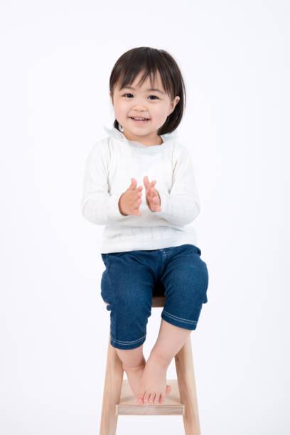 笑顔の子供の肖像画 - 子供時代 ストックフォトと画像