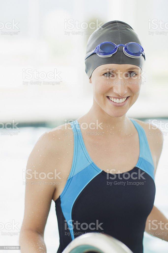 Porträt eines lächelnden Schwimmer – Foto