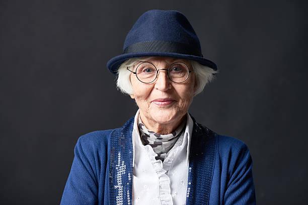 Portrait of stylish elderly woman - foto de stock