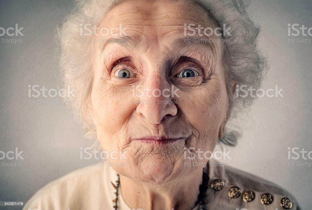 Porträt von überrascht alte Frau – Foto
