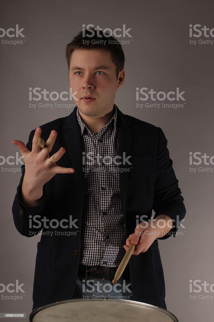 portrait de l'homme de batteur le Musicien - Photo