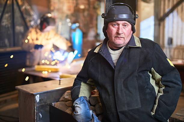 Porträt von Schweißer in der Arbeitsplatz – Foto