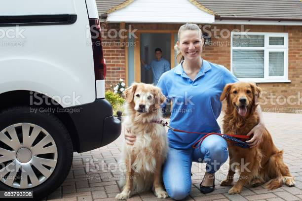 Portrait of woman running dog walking service picture id683793208?b=1&k=6&m=683793208&s=612x612&h=d1racs8r1ea4sfj5zzywwqy9eh9gf7 jnpbgkpkngpe=