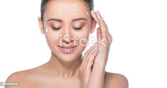 istock Portrait of woman with lines on her face 985995302