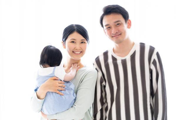 若いアジア系の家族の肖像画 ストックフォト