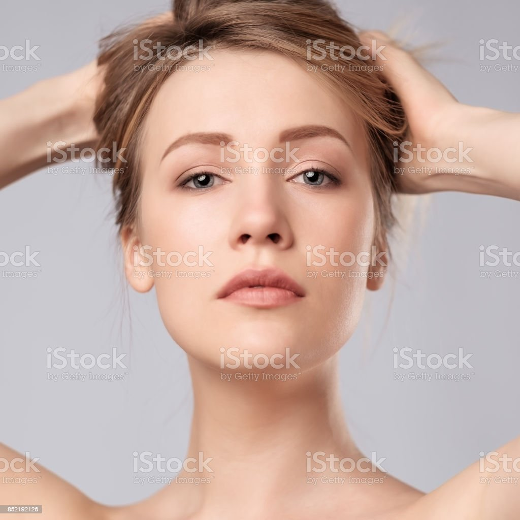 Portrait of young caucasian woman with perfect skin clean стоковое фото