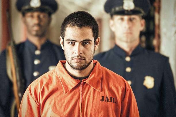 Porträt eines jungen Verbrecher im Gefängnis – Foto