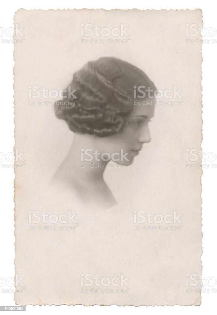 Portrait de jeune femme italienne dix-sept ans en 1934 - Photo