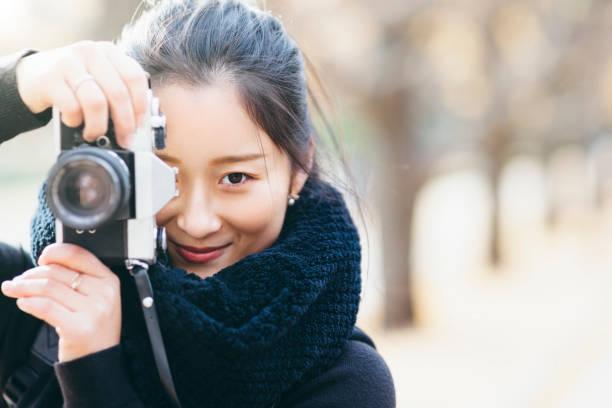 若い日本の女性写真家の肖像画 ストックフォト