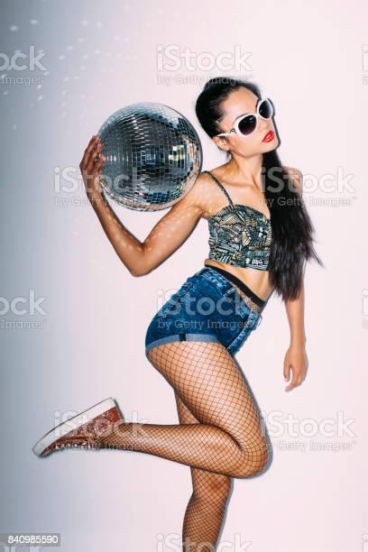 Portrait of young woman having fun with disco ball picture id840985590?b=1&k=6&m=840985590&s=612x612&h=b51orgdtnxa8wrhcbfhyfbghhz6w8pie y3nbxcncwe=
