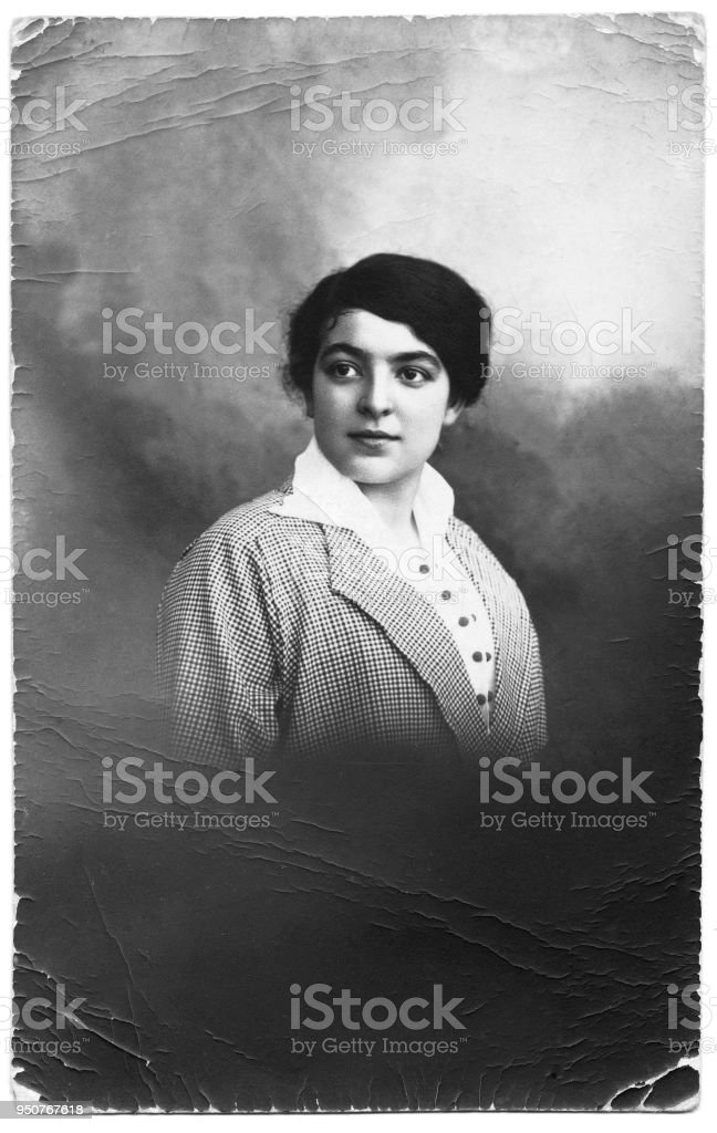 Portrait Of Young Woman In 1915 Stock Photo - Download Image Now ...