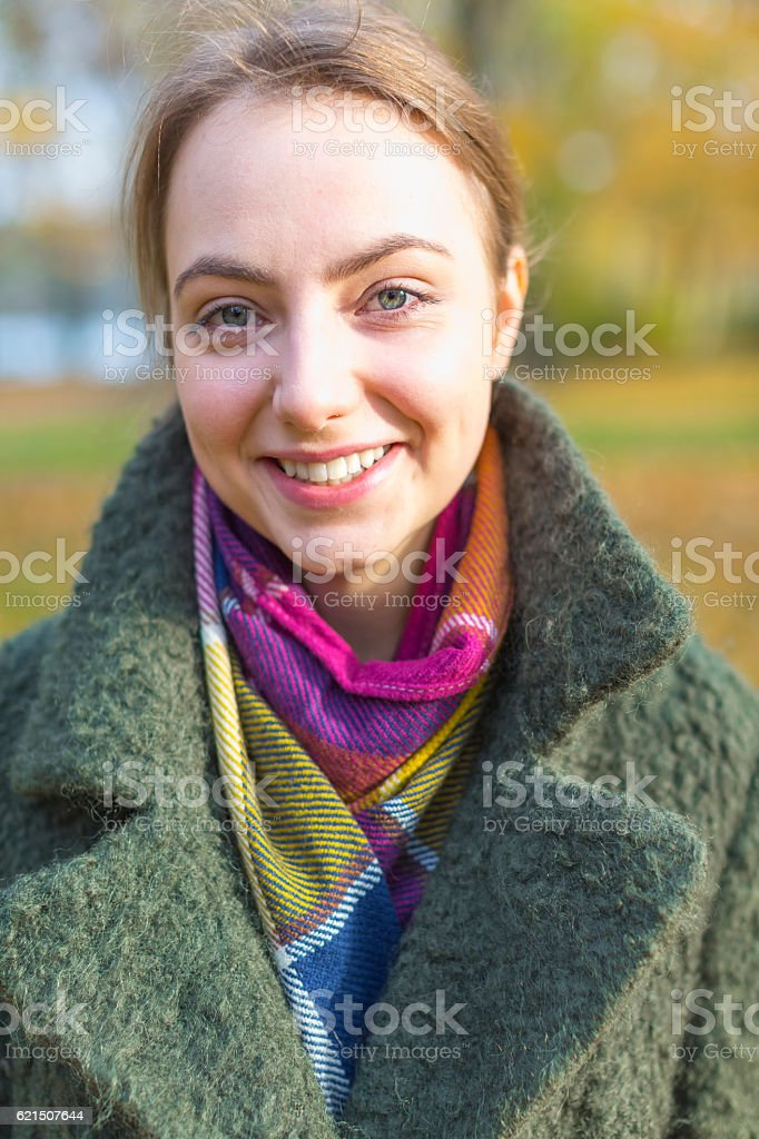 Portrait smiling woman with coat Lizenzfreies stock-foto
