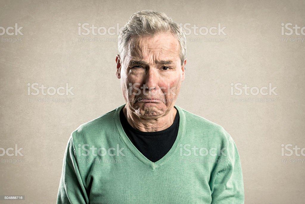 Portraits eines älteren Mannes – Expressions-traurig Weinen – Foto