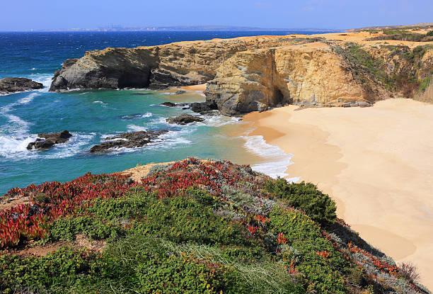 portugal, alentejoportugal_regions.kgm, os senos. porto covo em portugal a parte oeste do atlântico. - setubal imagens e fotografias de stock