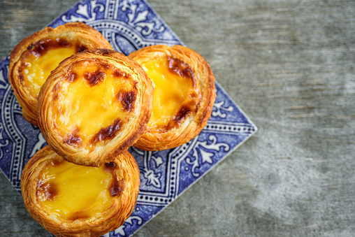 Portugal egg tart with azulejo