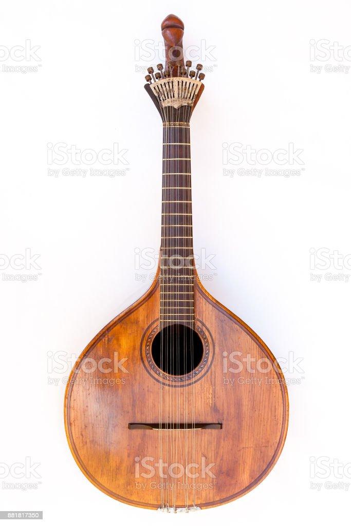 Guitarra portuguesa, com ventilador tradicional (ou peachow, watchkey) fundo de sintonizadores - branco - foto de acervo