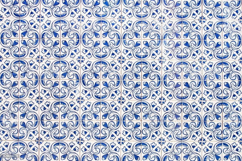 Portuguese tile house wall - fotografia de stock