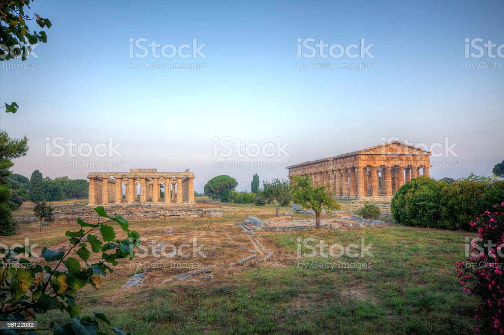 Poseidon temple  e Basilica (Paestum, Italy) HDR royalty-free stock photo