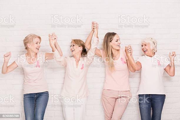 Positive Cancer Survivors Stockfoto und mehr Bilder von Aktivitäten und Sport