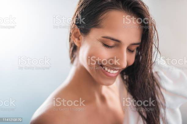 Positive girl keeping hair with towel picture id1141213170?b=1&k=6&m=1141213170&s=612x612&h=k9ksgllfufxa3n5sw0rnmlsu kc7tx vkzsskeapt c=