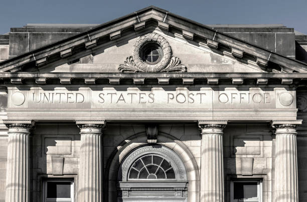 USPS Post Office Location. The USPS is Responsible for Providing Mail Delivery Wabash - Circa September 2019: USPS Post Office Location. The USPS is Responsible for Providing Mail Delivery apothegm stock pictures, royalty-free photos & images