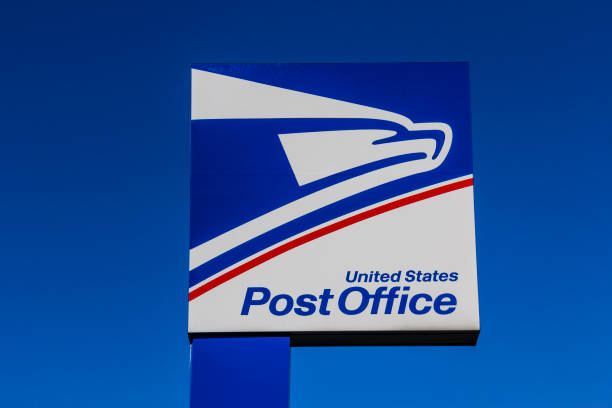 USPS Post Office Location. The USPS is Responsible for Providing Mail Delivery VI Indianapolis - Circa September 2017: USPS Post Office Location. The USPS is Responsible for Providing Mail Delivery VI apothegm stock pictures, royalty-free photos & images