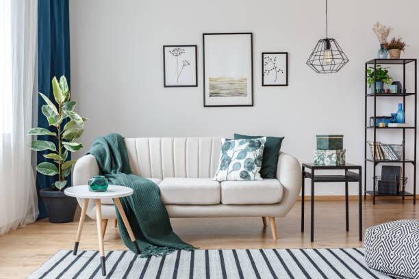 poster di interior apartemen yang nyaman - desain rumah potret stok, foto, & gambar bebas royalti