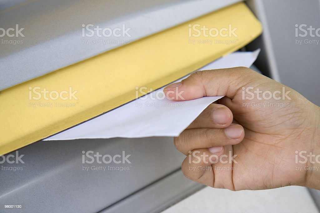 Posting a letter royalty free stockfoto