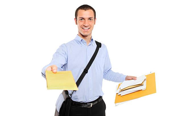 почтальон доставлять почты - postal worker стоковые фото и изображения