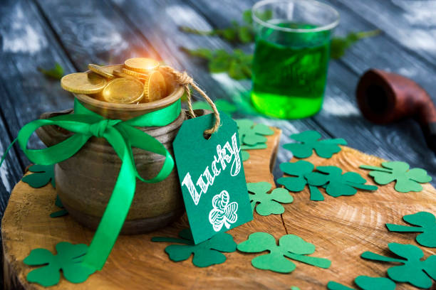 pot of gold, shamrocks, card lucky, pipe, ale on stump - st patricks day stock photos and pictures
