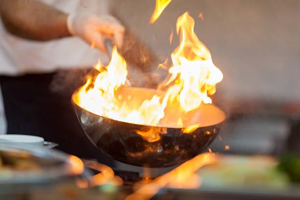 pot with fire - oil kitchen stockfoto's en -beelden