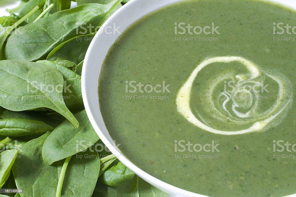 Kartoffeln und Spinat-Suppe – Foto