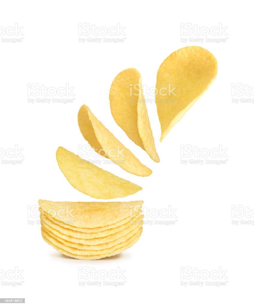 Batata chips isolado no fundo branco - foto de acervo