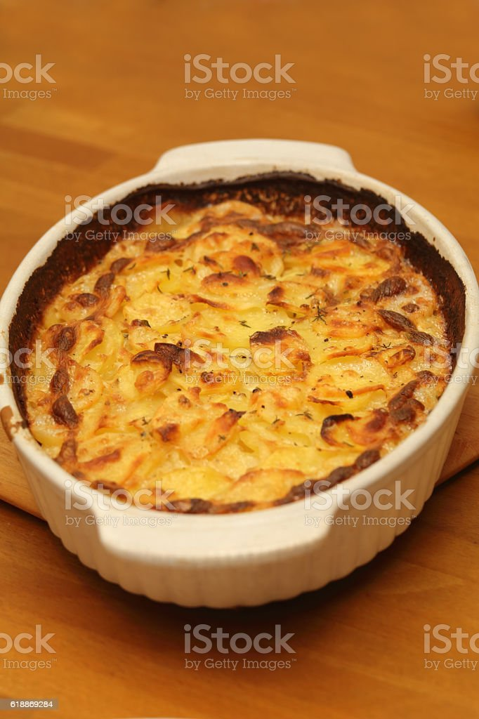 Kartoffelgratin stock photo