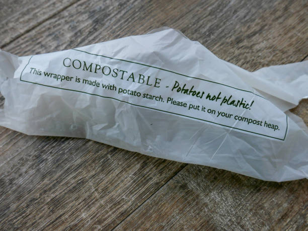 potato starch compostable wrapper - biodegradabile foto e immagini stock
