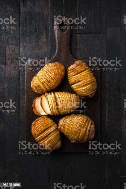 Foto de Batatas Cozidas Em Listras e mais fotos de stock de Alimentação Saudável