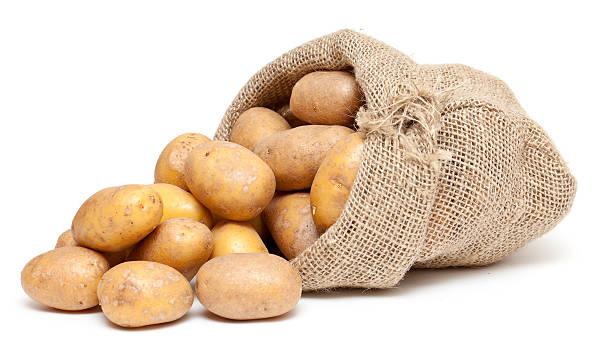 Kartoffeln in einer Jute-Tasche – Foto