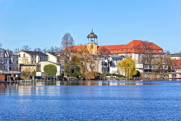 포츠담 도시의 강 하 벨 - 브란덴부르크 주 뉴스 사진 이미지