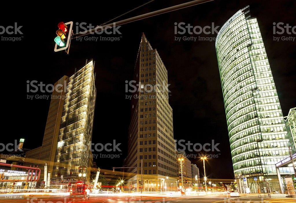 Potsdamer platz in der Nacht – Foto
