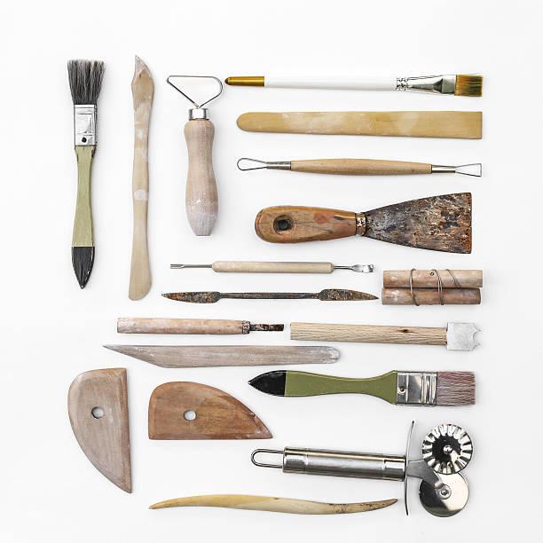 herramientas de cerámica - alfarería fotografías e imágenes de stock