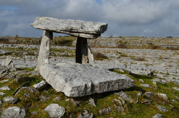 Poulnabrone Portal Tomb near the burren in Ireland Poulnabrone portal tomb in Ireland. portal dolmen stock pictures, royalty-free photos & images