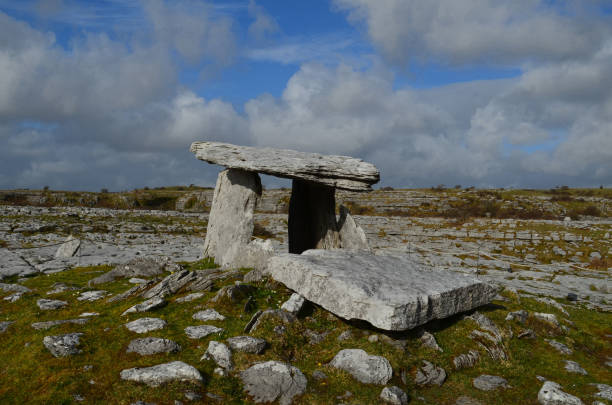 Poulnabrone Portal Tomb near the burren in Ireland Ancient portal tomb on the Burren in Ireland. portal dolmen stock pictures, royalty-free photos & images