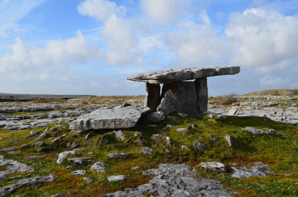 Poulnabrone Portal Tomb near the burren in Ireland Stone portal tomb from the neolithic age. portal dolmen stock pictures, royalty-free photos & images
