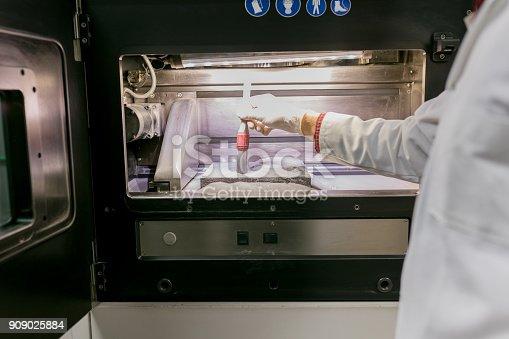 istock 3D powder printer 909025884