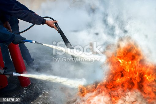Fire Extinguishing with powder type fire extinguisher