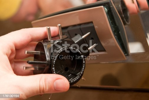 istock power adapter - Reiseadapter 176130154