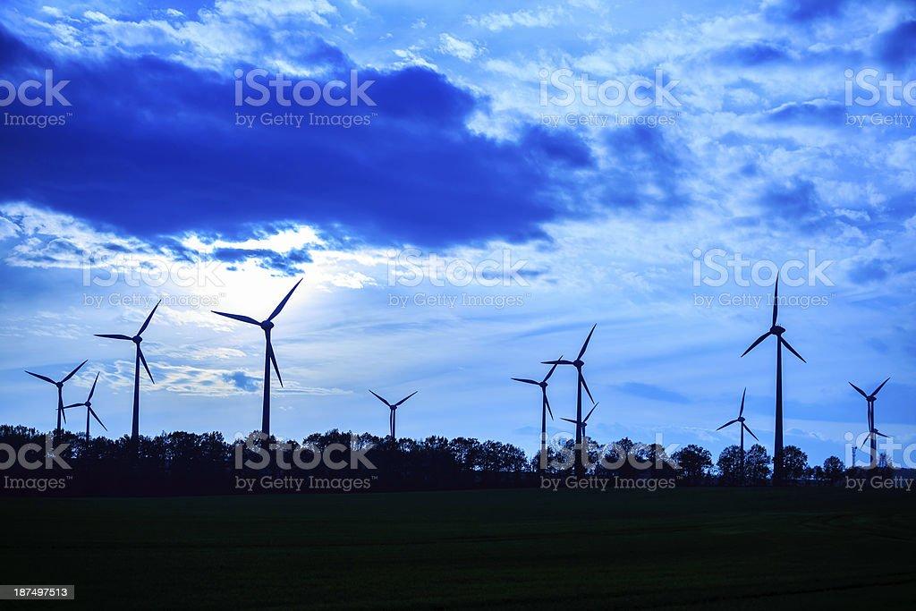 Generowania energii Wiatraki zbiór zdjęć royalty-free