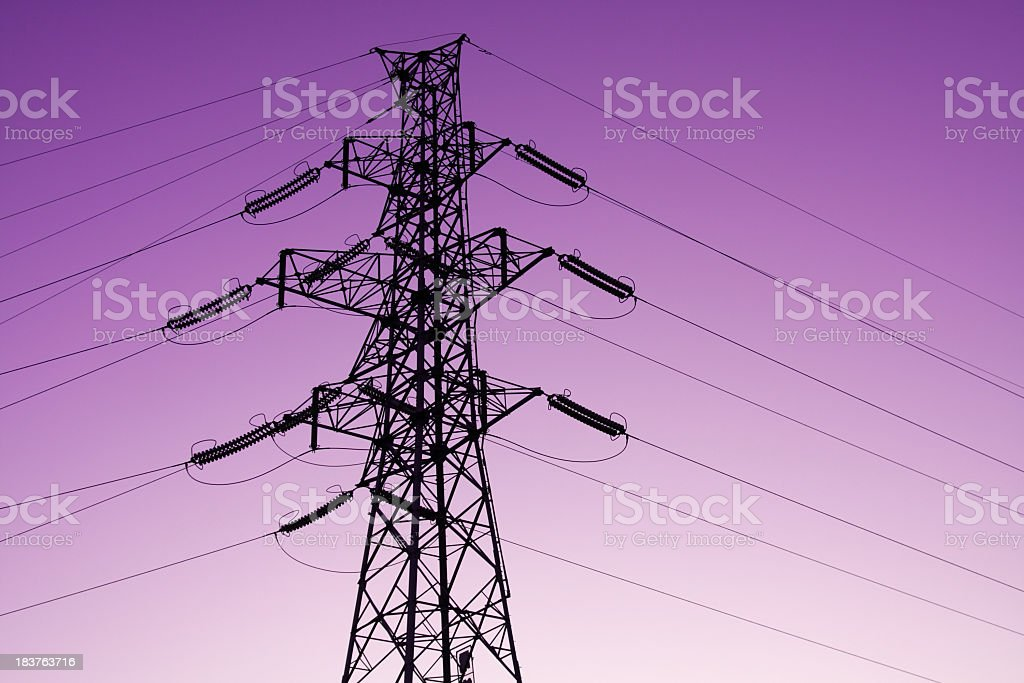 Power lines bei Sonnenuntergang Lizenzfreies stock-foto